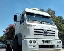 Camion VW 17220 con Motor 310 y Cabina Dormi