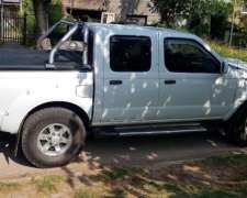 Vendo Nissan Frontier XE 4X2