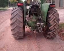 Tractor Jhon Deere con Pala