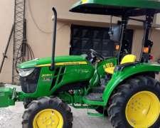 Tractor John Deere 3036e con Tres Puntos