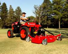Tractor Hanomag Stark el Modelo INV2 , 25 HP