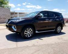 Toyota SW4 SRX Automática 4X4 Cuero 7/a