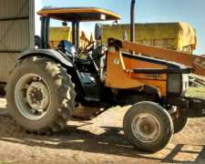 Tractor Valtra 800 C/pala, 10000 HS, Mod. 2003