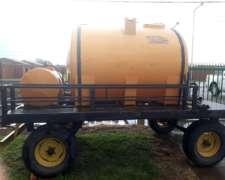 Tanque de 3500 Litros + 250 Litros con Motobomba