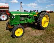 Tractor John Deere 1420 con Levante de 3 Puntos