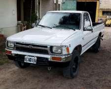Toyota Hilux Cabina Simple Full Modelo 93