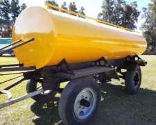 Acoplado Tanque Regador de 5000 Lts