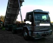 Exelente Camión Ford Cargo 1831 Con Batea Randon