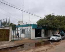 Local Comercial Con Oficinas En Adelia Maria 600m2 Cubiertos