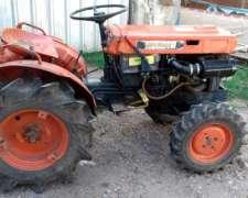Tractor Kubota Doble Traccion B 7000, 3 Puntos,caja De