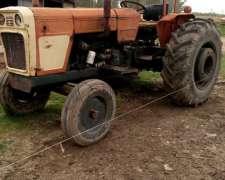 Tractor Fiat 700 a Reparar
