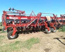 Apache 20 a 52 Neumática Matermac C/ Doble Fertilización