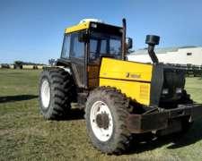 Vendo Tractor Valmet 1680 con Climatic y Vigía