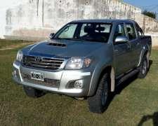 Toyota 4X4 SRV 171cv Doble Cab.tomo Menor
