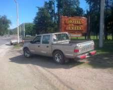 Vendo Isuzu 2002 o Permuto por Tractor