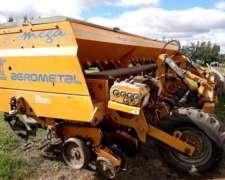 Plantadora Agrometal TX Mega 13 a 52