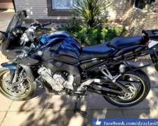 Yamaha Fazer 1000 CC.