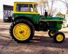 Tractor John Deere 2420 año 1976 muy Bueno
