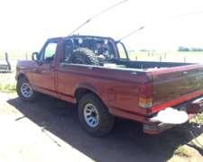 Vendo Ford F100 XLT Motor MWM Diésel 4X2 Impecable Buen Esta