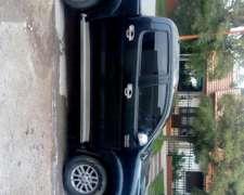Toyota Hilux SRV Cuero 2013