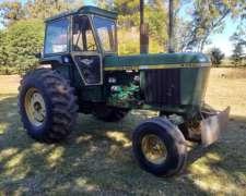 Vendo Tractor John Deere 4730