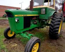 John Deere 2420 con Motor 2850