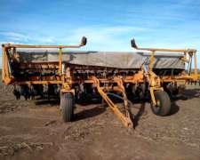 Sembradora Agrometal 13 a 52 Doble Fertilización.