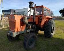 Tractor Fiat 700 , en Buen Estado