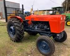 Tractor Fiat 400e Reparado