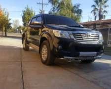Toyota Hilux Srv Cuero 3.0 4x2