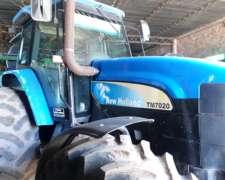 Tractor New Holland TM 7020,doble Tracción, 8500hs , 2008