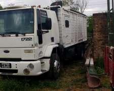 Ford Cargo 1722 Cabina Dormitorio