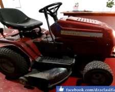 Tractor Corta Césped Mastercraft.