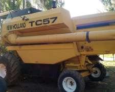 Cosechadora New Holland TC 57 1998 - Buen Estado General