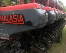 Sembradora Malasia de 20/42 Fert en Línea