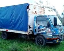 Camion Mitsubishi Canter sin Motor con Caja Tipo Saider