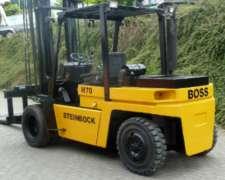 Boss con Duales Diesel para 7 TN con 7mts de Elevacion
