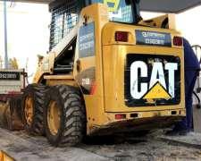 Minicargadora CAT 216 B3.