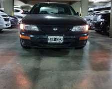 Nissan Maxima GXE 1995