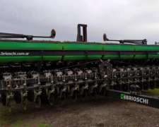 Sembradora Brioschi Autotrailer de 41 Lineas a 19 cm