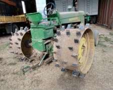 Vendo Tractor JD730 Bajo Rueda de Hierro