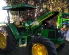 John Deere 5705 Doble Traccion con 3 Puntos