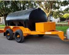 Acoplado Cisterna con Tanque Plastico para 3.680 Lts. 2 Ejes