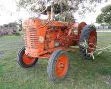 Tractor Marca Om Sin Direccion Hidraulica , Ni Control Remot