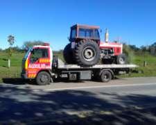 Camion con Camilla de Auxilio-fletes-traslados