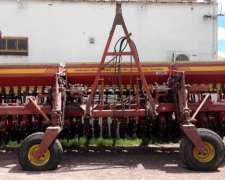 Sembradora Bertini 32000, con Kit Neumático de 10 a 70
