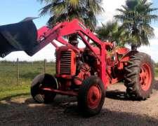 Tractor Zetor 25 con Pala