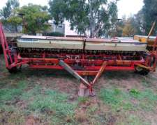 Sembradora Gherardi G 145 con Alfalfero