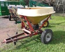 Fertilizadora De Arrastre Pendular Tanzi 1100 Kg