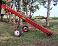 Elevador Hidráulico de Forrajes Indujer, para Cargar Mixer